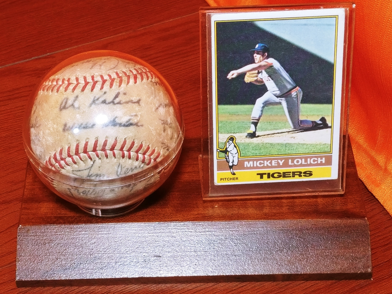 Detroit-Tigers-Al-Kaline-multi-signed-ball-Kaline-Gates-Brown-Willie-Horton